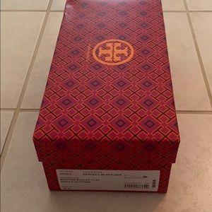 Tory Burch shoe box-great condition